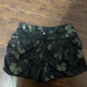 NWOT Lululemon shorts